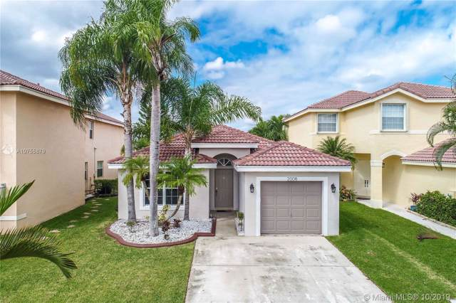 2008 SW 175th Ave, Miramar, FL 33029 (MLS #A10755879) :: Green Realty Properties