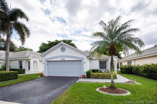 9092 S Lake Park Cir S, Davie, FL 33328 (MLS #A10755951) :: Castelli Real Estate Services