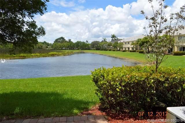 7684 Foxcroft Ln, Davie, FL 33328 (MLS #A10756114) :: Green Realty Properties