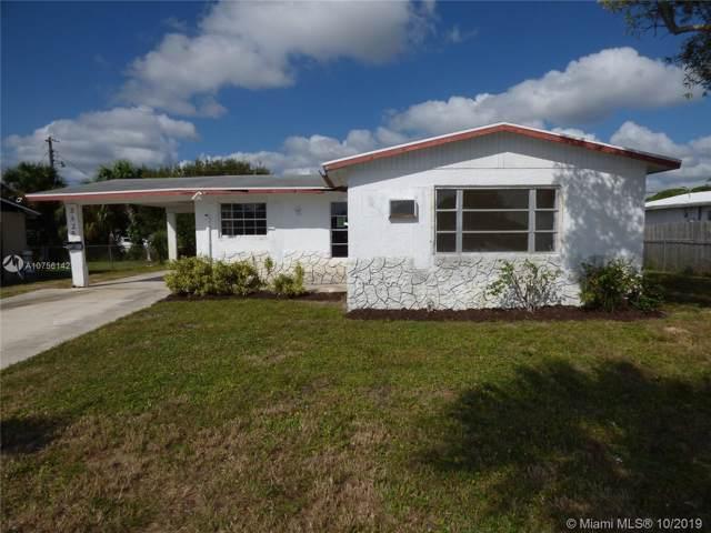 2325 Avenue  S, Riviera Beach, FL 33404 (MLS #A10756142) :: The Riley Smith Group