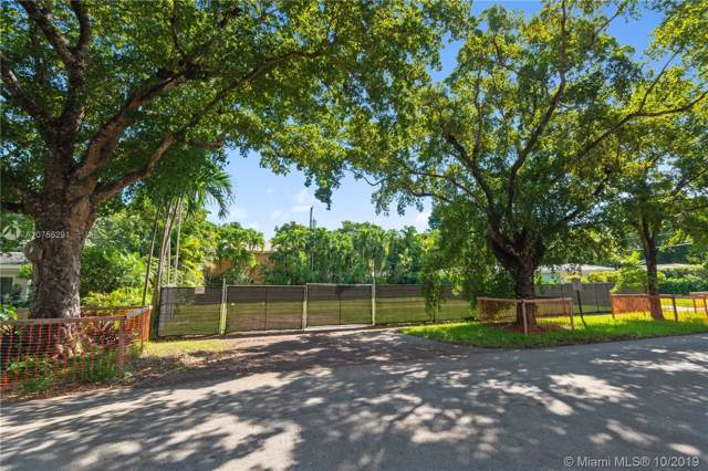 6901 Mentone St, Coral Gables, FL 33146 (MLS #A10756291) :: The Riley Smith Group