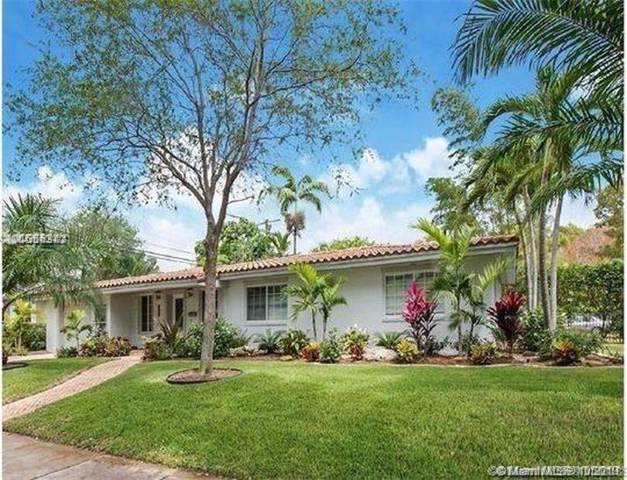 401 Garlenda Ave, Coral Gables, FL 33146 (MLS #A10756472) :: The Erice Group