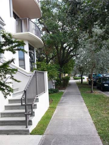1650 Galiano St Th16, Coral Gables, FL 33134 (MLS #A10756529) :: The Erice Group