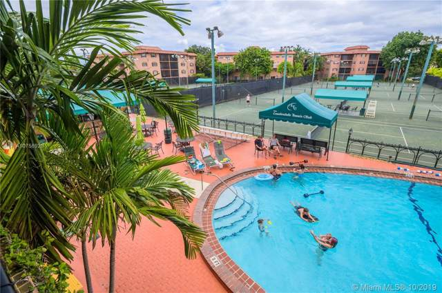 650 E Tennis Club Dr #109, Fort Lauderdale, FL 33311 (MLS #A10756920) :: The Riley Smith Group