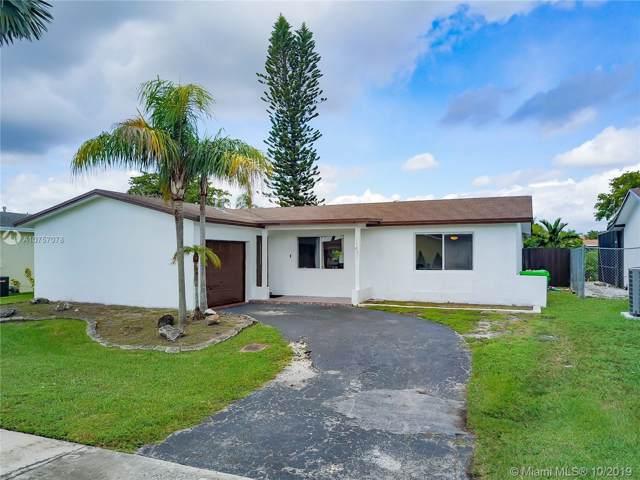 11431 NW 31st Pl, Sunrise, FL 33323 (MLS #A10757078) :: Castelli Real Estate Services