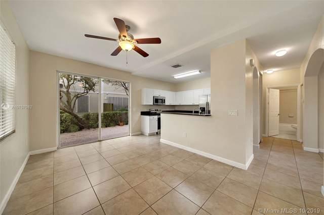 153 SE 28th Pl #2, Homestead, FL 33033 (MLS #A10757082) :: Berkshire Hathaway HomeServices EWM Realty
