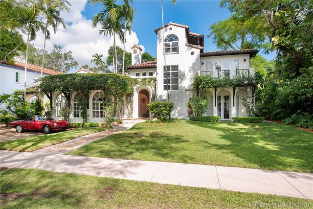 2707 N Greenway Dr, Coral Gables, FL 33134 (MLS #A10757158) :: Ray De Leon with One Sotheby's International Realty