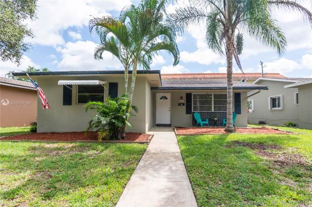 4010 N Circle Drive, Hollywood, FL 33021 (MLS #A10757199) :: Castelli Real Estate Services