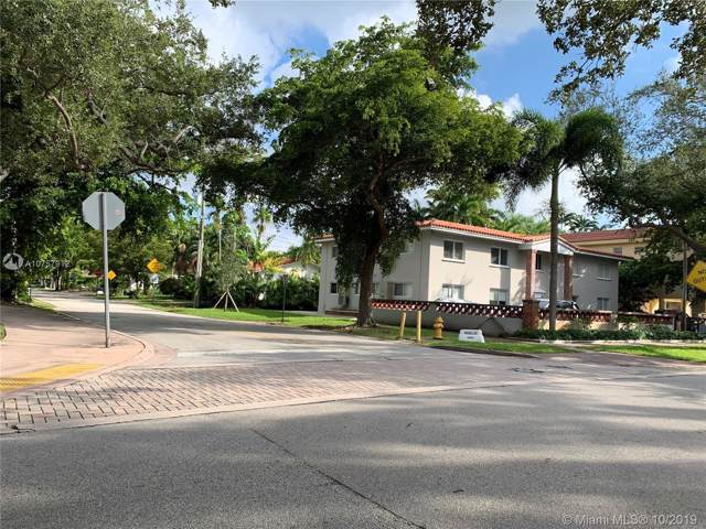 1 Edgewater Dr #104, Coral Gables, FL 33133 (MLS #A10757912) :: Carole Smith Real Estate Team
