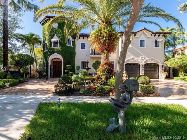 7813 NW 165th St, Miami Lakes, FL 33016 (MLS #A10758150) :: Albert Garcia Team