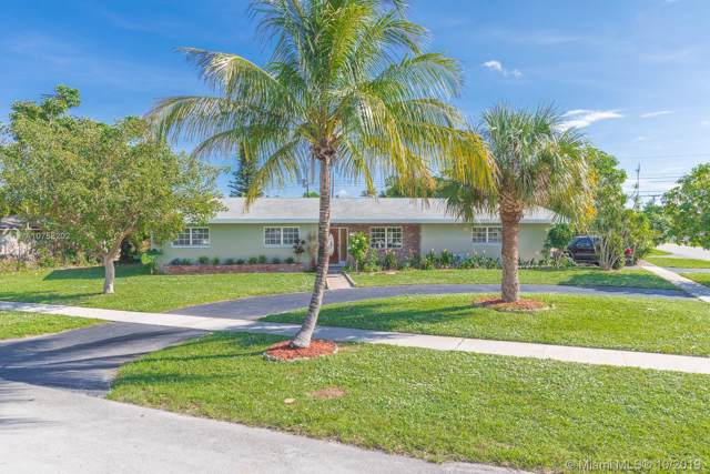 4722 Van Buren St, Hollywood, FL 33021 (MLS #A10758202) :: Laurie Finkelstein Reader Team