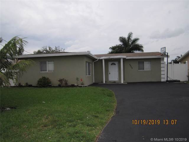 6605 Ficus Dr, Miramar, FL 33023 (MLS #A10758246) :: The Erice Group