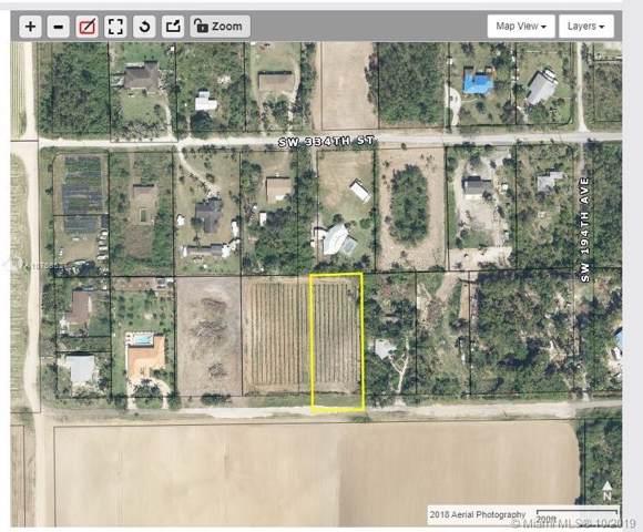 19500 SW 336th Street, Homestead, FL 33034 (MLS #A10758527) :: Grove Properties