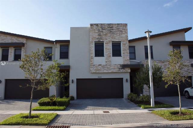 10410 NW 78th Ter, Doral, FL 33178 (MLS #A10758715) :: RE/MAX Presidential Real Estate Group