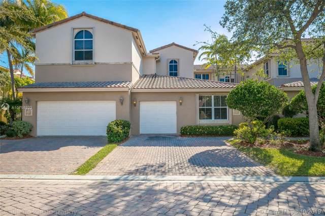 884 W Spinnaker Dr W, Hollywood, FL 33019 (MLS #A10758923) :: Green Realty Properties