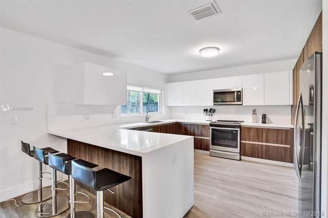 2098 Alamanda Dr, North Miami, FL 33181 (MLS #A10759256) :: Grove Properties