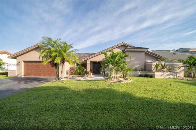 9841 SW 1st St, Plantation, FL 33324 (MLS #A10759499) :: The Teri Arbogast Team at Keller Williams Partners SW