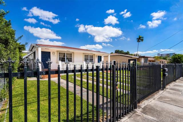 2961 SW 24th St, Miami, FL 33145 (MLS #A10759553) :: The Riley Smith Group