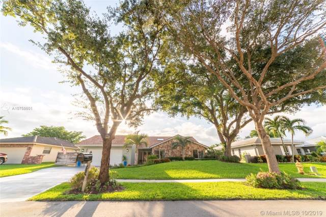 1561 NW 99th Ave, Plantation, FL 33322 (MLS #A10759801) :: The Teri Arbogast Team at Keller Williams Partners SW
