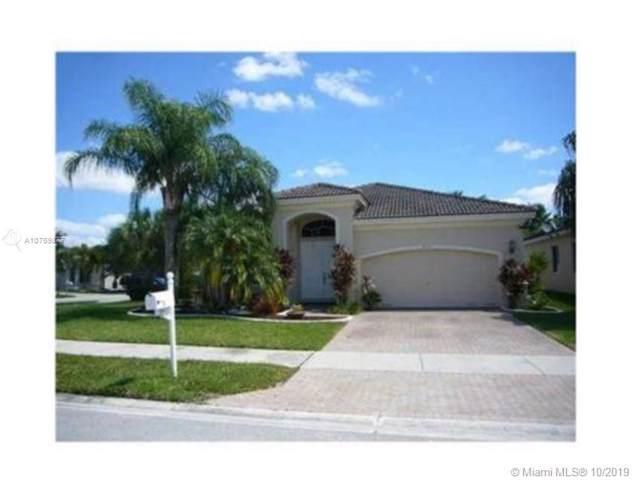 6150 SW 195th Ave, Pembroke Pines, FL 33332 (MLS #A10759877) :: Albert Garcia Team