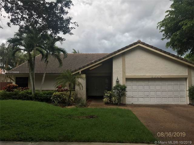 2644 NW 41st St, Boca Raton, FL 33434 (MLS #A10759898) :: The Rose Harris Group