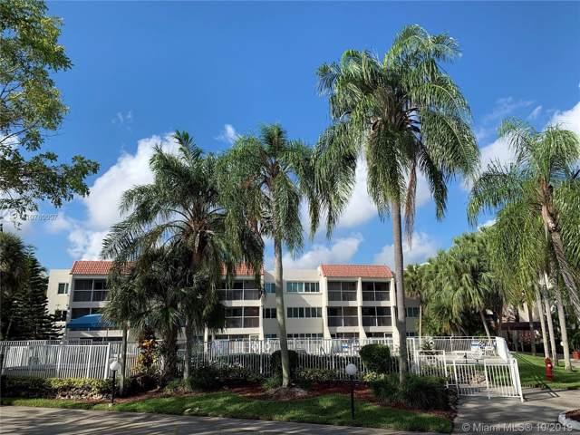 120 Lakeview Dr #106, Weston, FL 33326 (MLS #A10760007) :: Albert Garcia Team