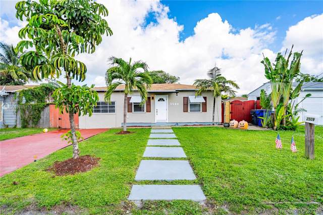 2509 Grant St, Hollywood, FL 33020 (MLS #A10760133) :: Albert Garcia Team