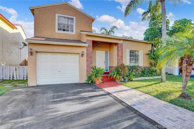 14020 Langley Pl, Davie, FL 33325 (MLS #A10760409) :: RE/MAX Presidential Real Estate Group