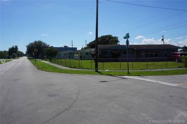 4200 SW 106th Ave, Miami, FL 33165 (MLS #A10760968) :: Laurie Finkelstein Reader Team
