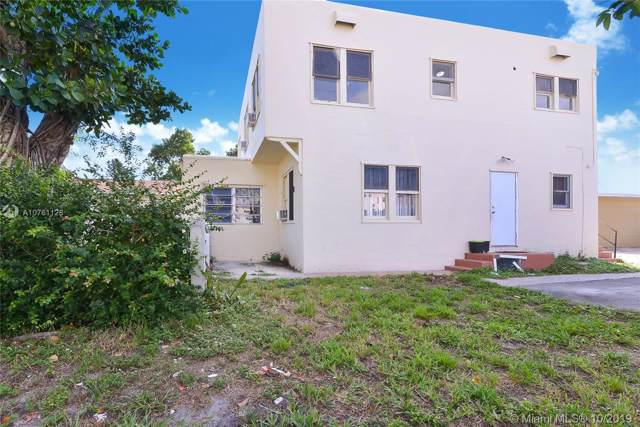 1944 Taylor St, Hollywood, FL 33020 (MLS #A10761128) :: Lucido Global