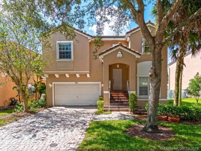 2280 NW 74th Way, Pembroke Pines, FL 33024 (MLS #A10761276) :: Green Realty Properties