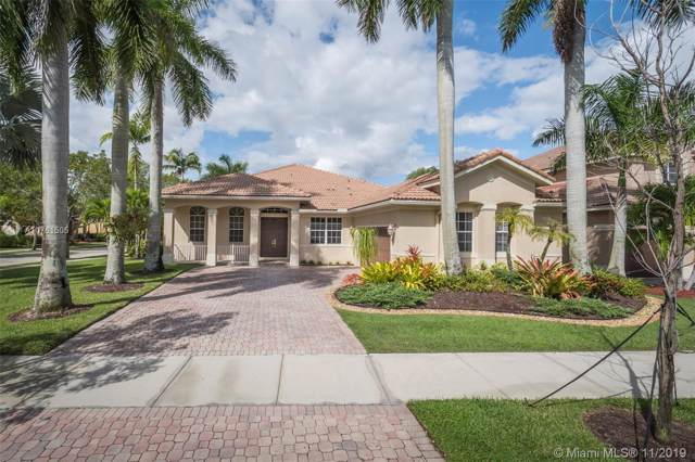1531 Blue Jay Cir, Weston, FL 33327 (MLS #A10761505) :: Green Realty Properties