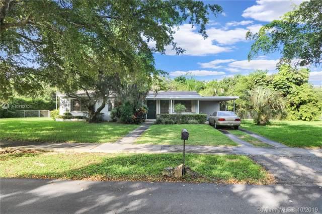 11320 SW 108th Ave, Miami, FL 33176 (MLS #A10762704) :: Grove Properties