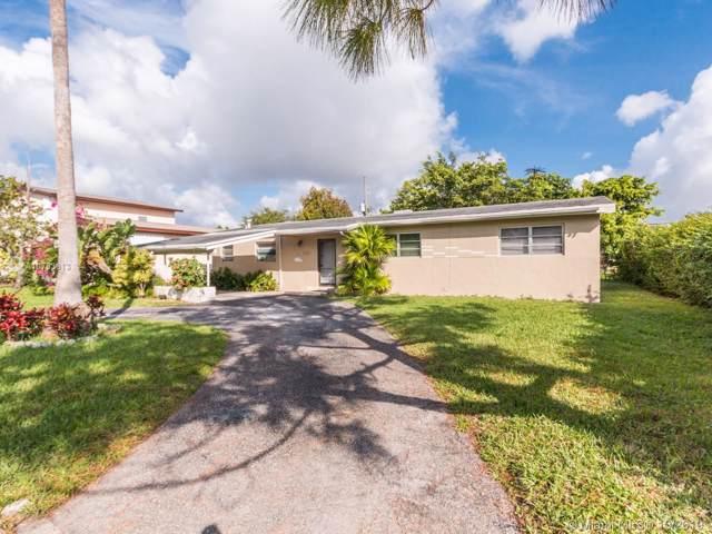 1125 NE 176th St, North Miami Beach, FL 33162 (MLS #A10763813) :: The Riley Smith Group