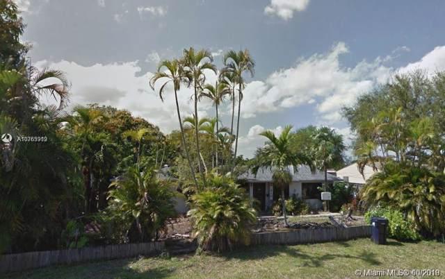 216 Shadow Way, Miami Springs, FL 33166 (MLS #A10763919) :: Berkshire Hathaway HomeServices EWM Realty