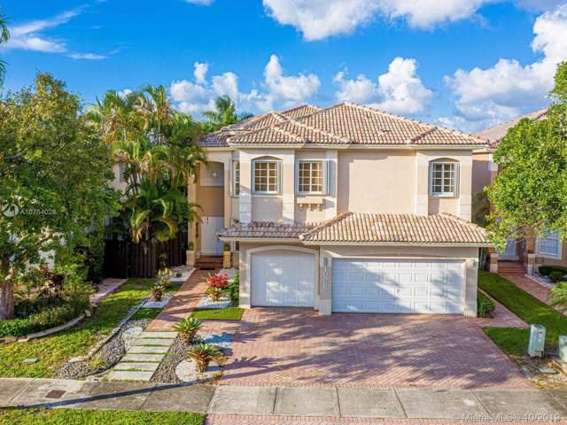 10965 NW 73rd Ter, Doral, FL 33178 (MLS #A10764028) :: Miami Villa Group