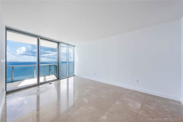 17001 Collins Ave #3202, Sunny Isles Beach, FL 33160 (MLS #A10764279) :: The Riley Smith Group