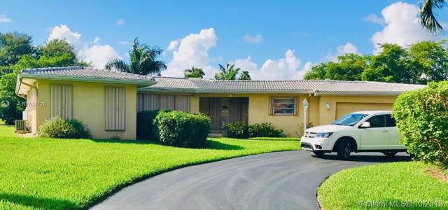 3232 Calle Largo Dr, Hollywood, FL 33021 (MLS #A10764728) :: Castelli Real Estate Services