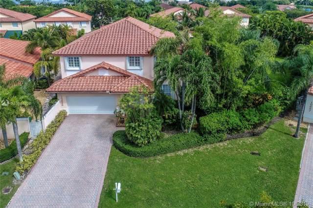 10639 NW 54th St, Doral, FL 33178 (MLS #A10764919) :: Miami Villa Group