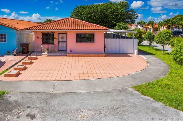 4392 W 9th Ct, Hialeah, FL 33012 (MLS #A10765458) :: The Jack Coden Group
