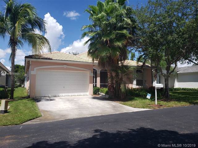2635 SE 5th Ct, Homestead, FL 33033 (MLS #A10765490) :: Berkshire Hathaway HomeServices EWM Realty