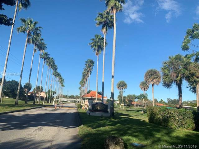 19240 E Saint Andrews Dr, Hialeah, FL 33015 (MLS #A10766320) :: THE BANNON GROUP at RE/MAX CONSULTANTS REALTY I
