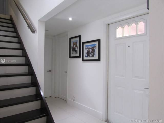 1357 Springside Dr, Weston, FL 33326 (MLS #A10766798) :: Green Realty Properties