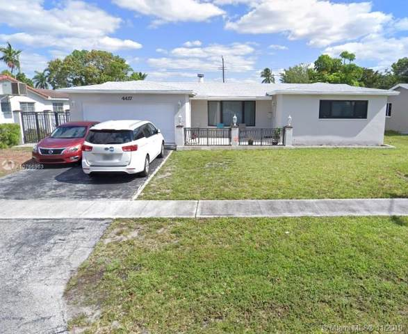 4417 Monroe St, Hollywood, FL 33021 (MLS #A10766963) :: Laurie Finkelstein Reader Team
