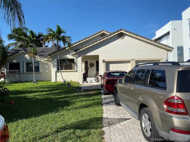 3347 NE 168th St, North Miami Beach, FL 33160 (MLS #A10767346) :: Berkshire Hathaway HomeServices EWM Realty