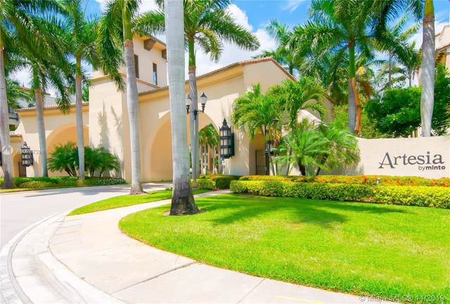 2925 NW 126th Ave 319-1, Sunrise, FL 33323 (MLS #A10767396) :: The Paiz Group