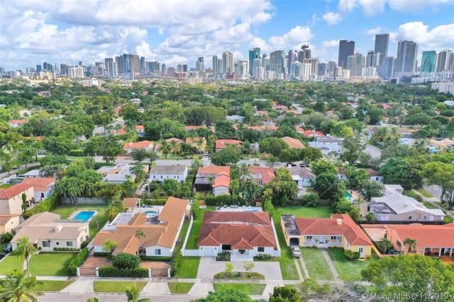 555 SW 27th Rd, Miami, FL 33129 (MLS #A10767657) :: The Paiz Group