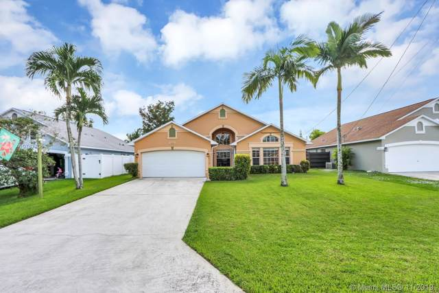 6418 Lauderdale St, Jupiter, FL 33458 (MLS #A10767706) :: Green Realty Properties