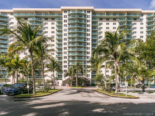19390 Collins Ave #424, Sunny Isles Beach, FL 33160 (MLS #A10768190) :: The Riley Smith Group