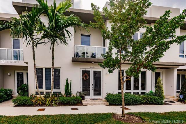 10540 NW 63rd Ter, Doral, FL 33178 (MLS #A10768469) :: RE/MAX Presidential Real Estate Group